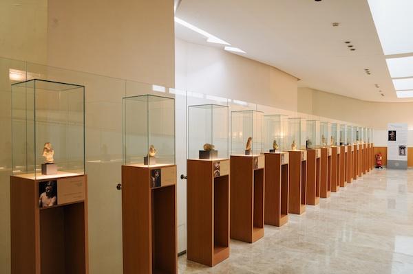 Vitrinas de la Sala de los Bocetos