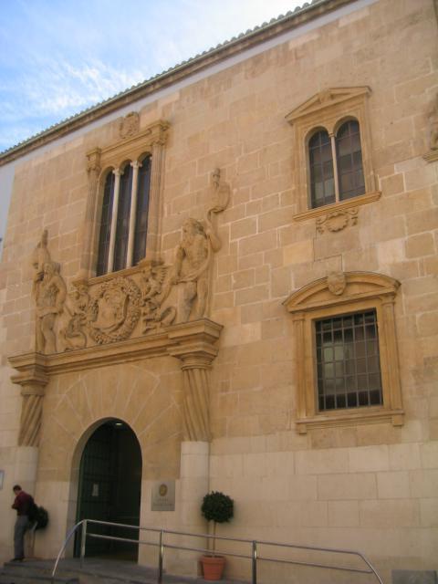 Fachada del Palacio Riquelme