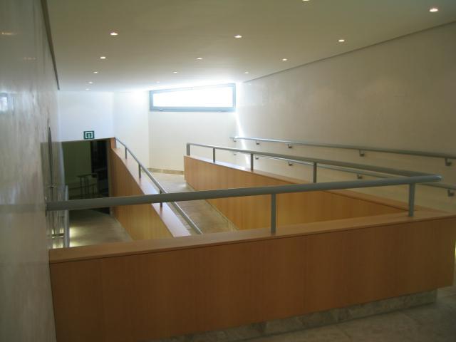 Rampas de acceso a la Sala de Tribunas