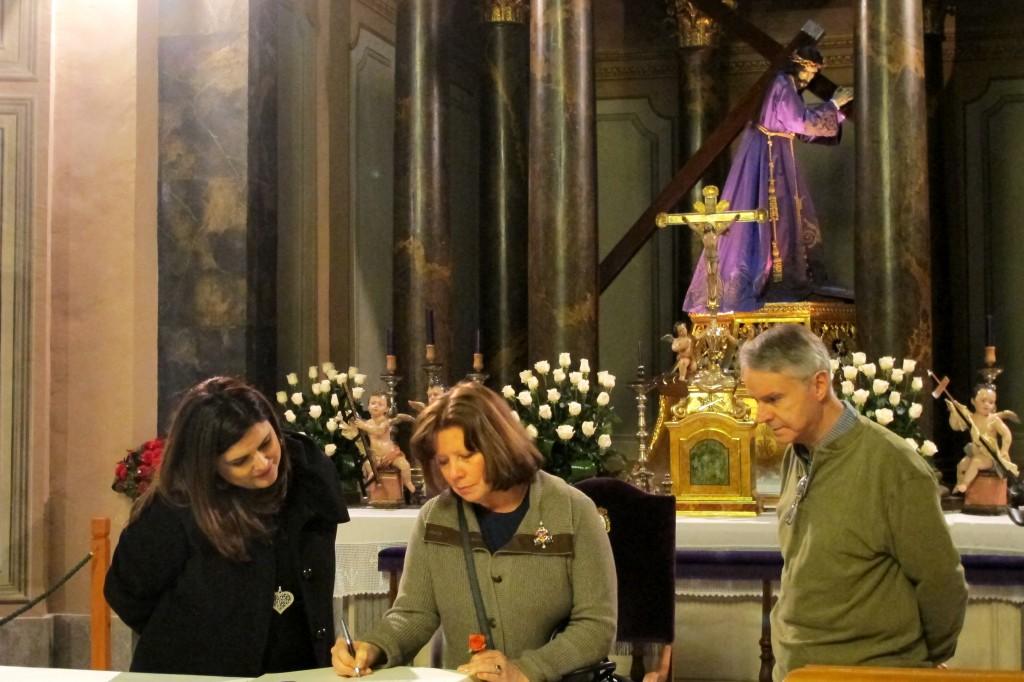 Firma en el libro de visitas del Museo Salzillo