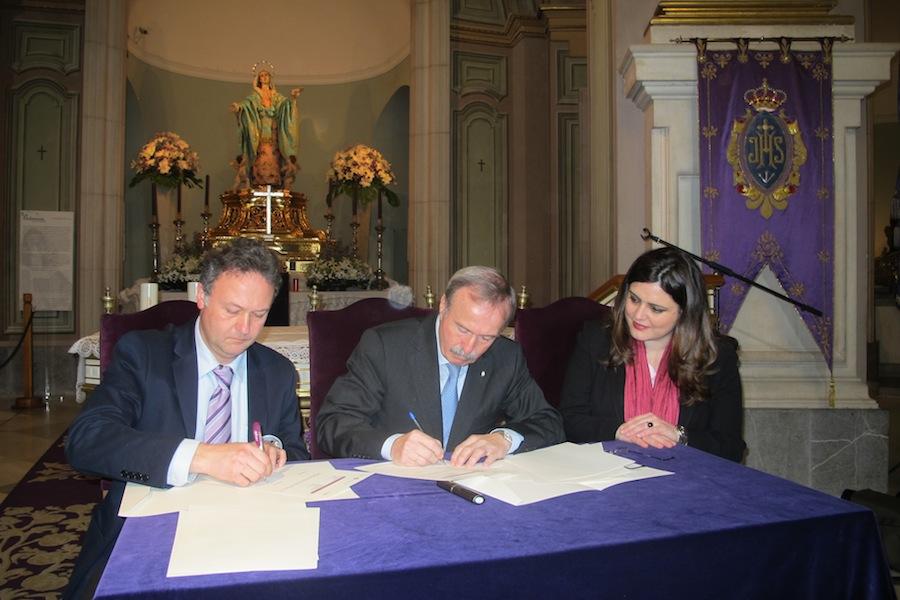 Firma del convenio de colaboración entre RENFE y el Museo Salzillo