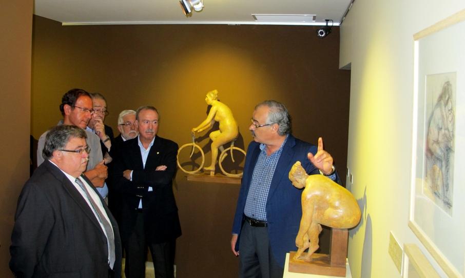 Instantes de la apertura de la exposición temporal de la Fundación Campillo