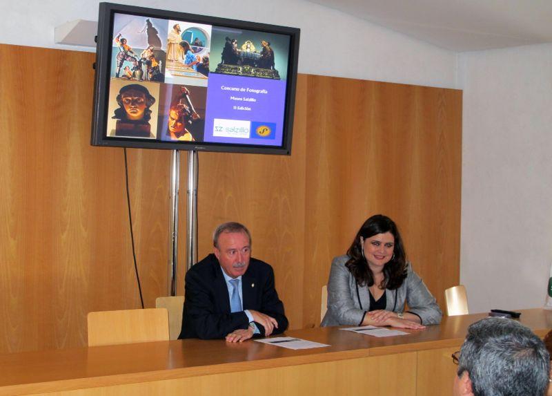 Antonio Gómez Fayrén y María Teresa Marín Torres en la entrega de premios del II Concurso de fotografía digital Museo Salzillo